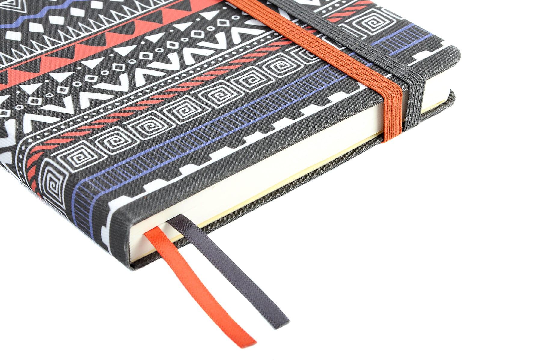 Contrast ribbon and elastic