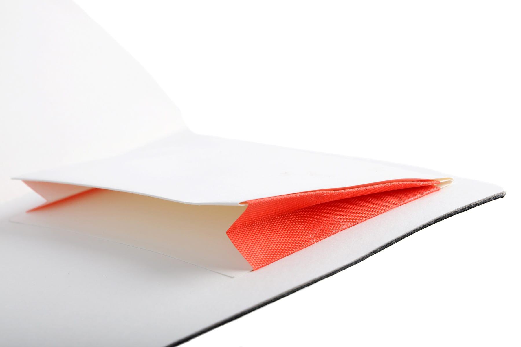 Contrast envelope edge